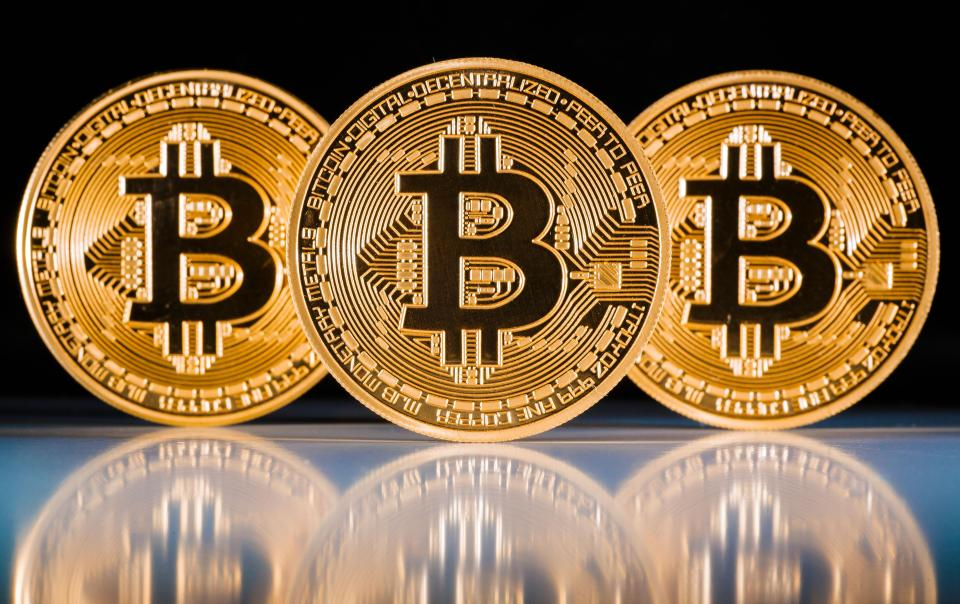 How To Earn Bitcoin With A Minimal Investment